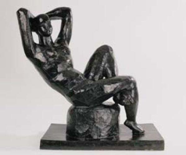 nu sculpture