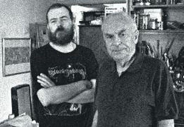 Никита Гашунин и Игорь Санович в мастерской Гашунина. Москва. 28 июля 2003 года