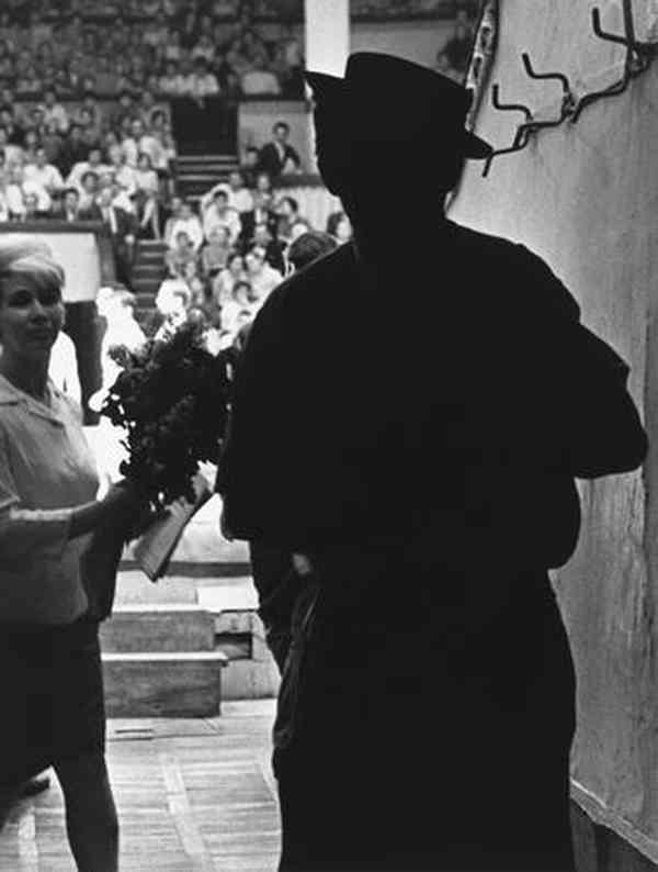 ВИКТОР АХЛОМОВ Юрий Никулин. 1963