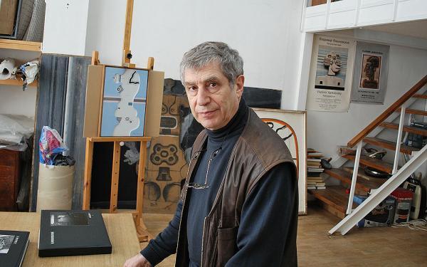 Владимир Янкилевский в своей московской студии
