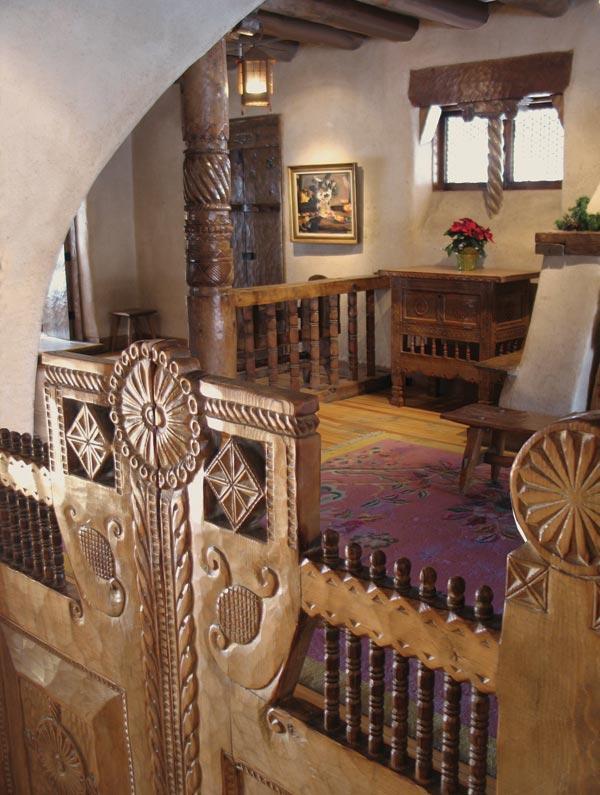 Интерьер дома Николая Фешина в Таосе, штат Нью-Мексико