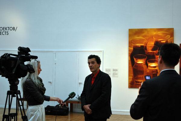Гор Чахал на открытии своей выставки «Хлеб Неба» в ГТГ. Сентябрь 2010