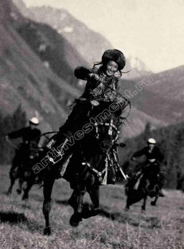 МАКС АЛЬПЕРТ Киргизская всадница. 1936