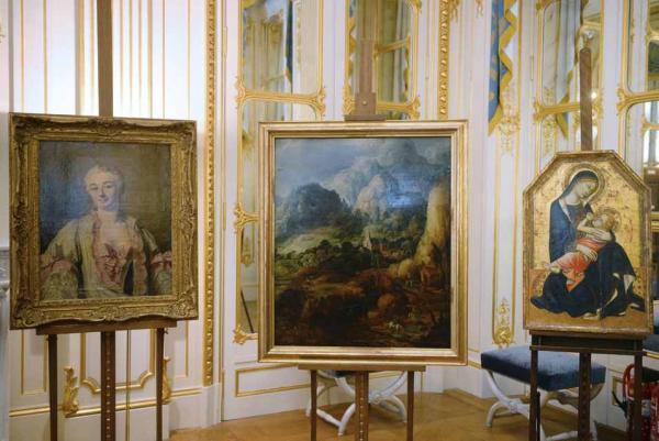 Три картины, возвращенные по реституции министерством культуры Франции
