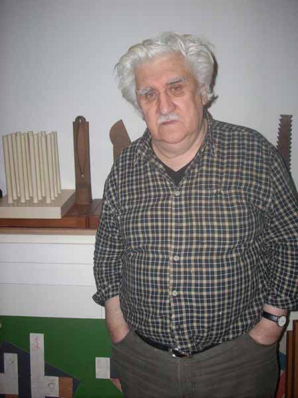 Владимир Немухин в своей мастерской. Москва. Февраль 2009