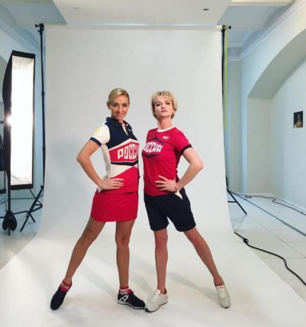 Олимпийские чемпионки Татьяна Навка и Светлана Хоркина в авангардной форме от Bosco Sport