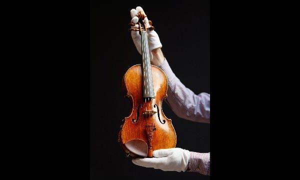 Скрипка работы мастера Гварнери, купленная русским бизнесменом